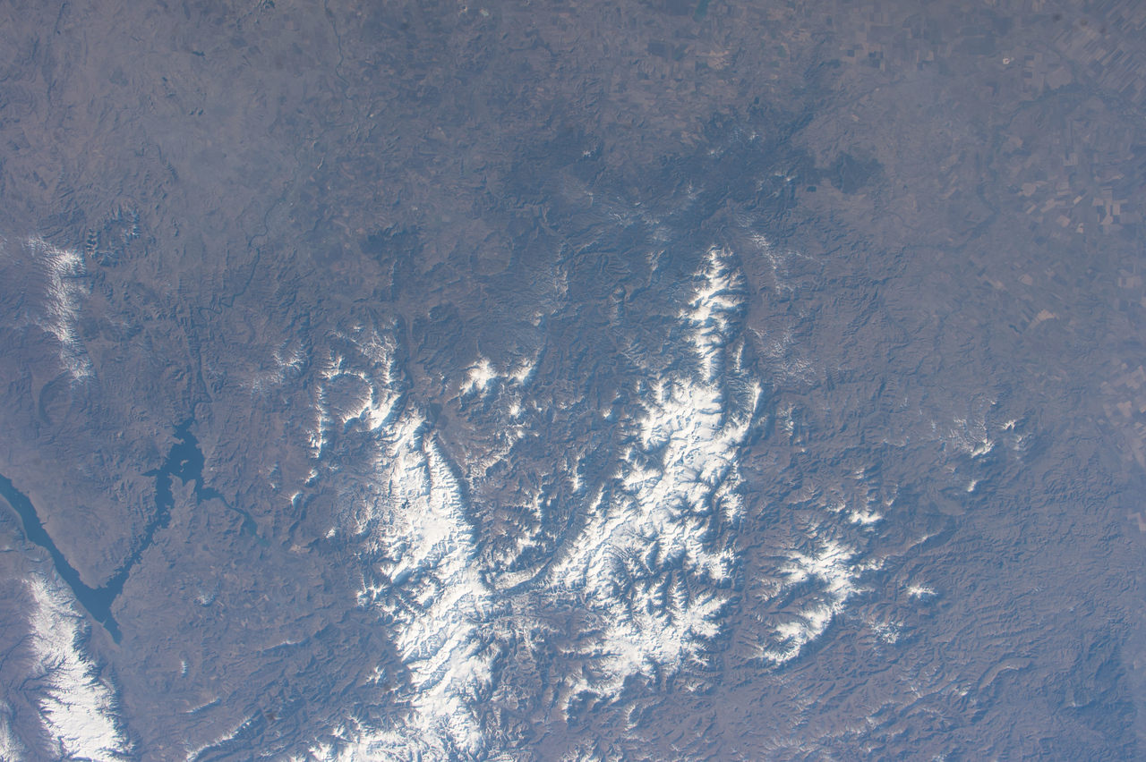 iss053e101901