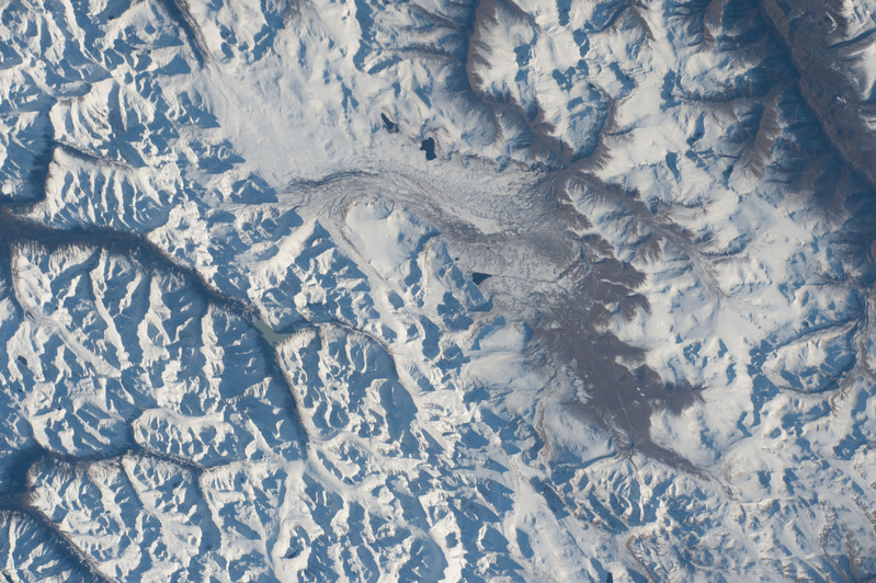 iss053e101925