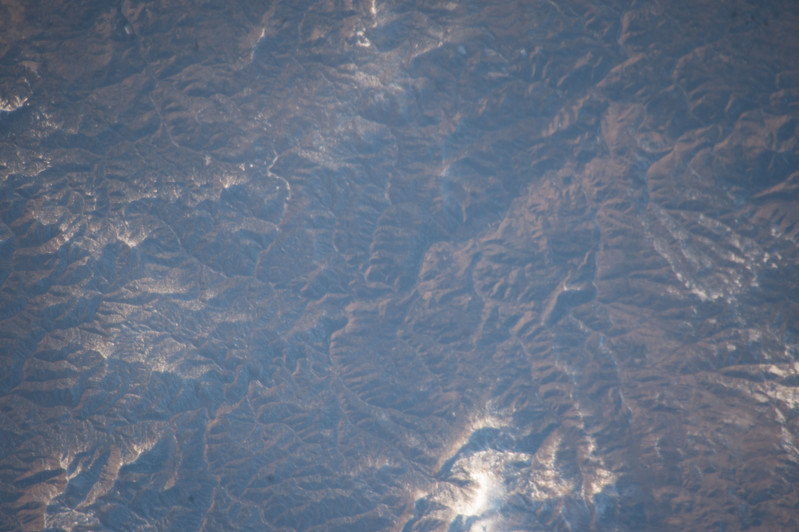 iss053e101912