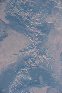 iss053e125415