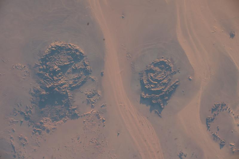 Mount Arkanu, Mount Uwaynat - Libya, Egypt, Sudan