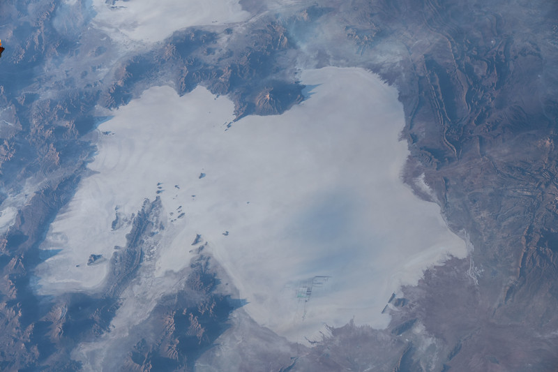 Salar de Uyuni, Bolivia - world's largest salt flat