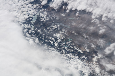 iss055e005670