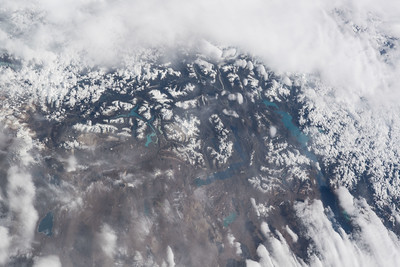iss055e005685