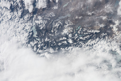iss055e005676