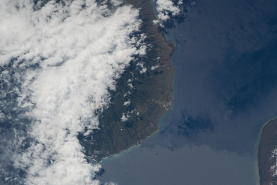 iss055e063954