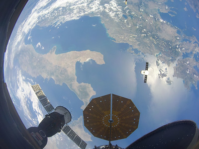 SpaceX Dragon CRS-15 over Italy and Greece