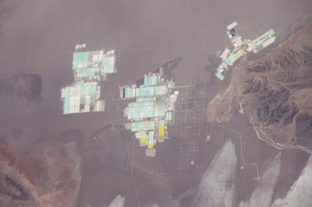 iss051e043206