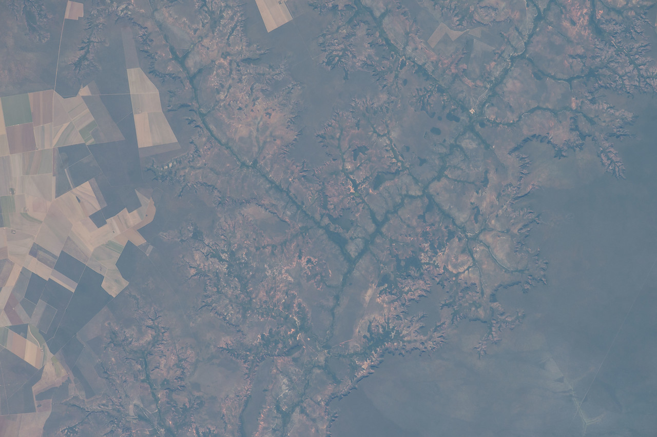 iss051e044674