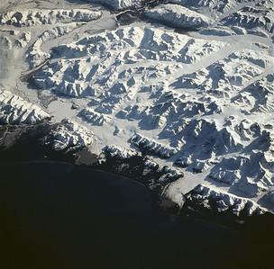sts059-228-094 Mt St Elias
