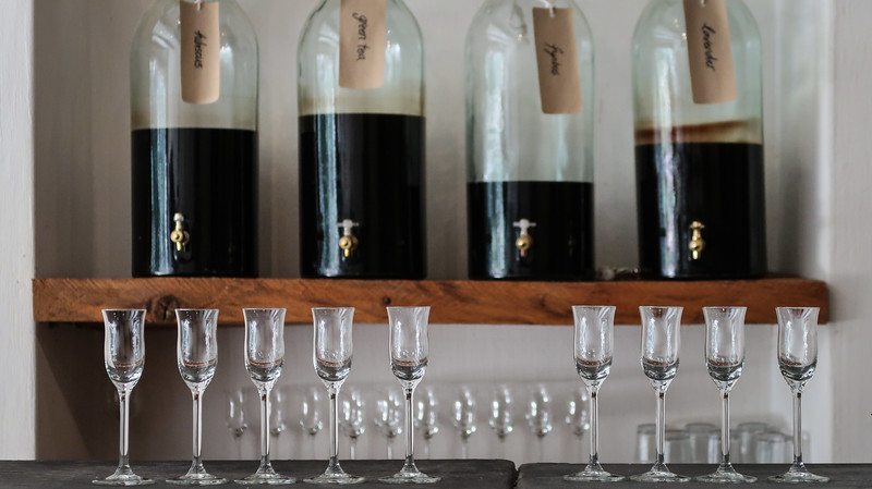 Vinegar tasting at Rozendal