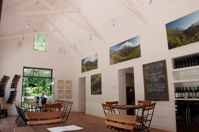 Eagles Nest Wine Tasting House Interior