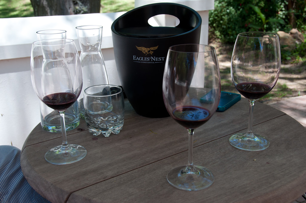 Eagles Nest Wine Tasting Bucket, Wine Glasses and Water