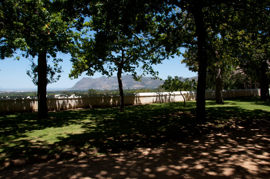 Jonkershuis Garden, Groot Constantia - ideal for picnics (provided you buy the hamper from the restaurant)