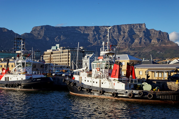 V&A Waterfront with Table Mountain