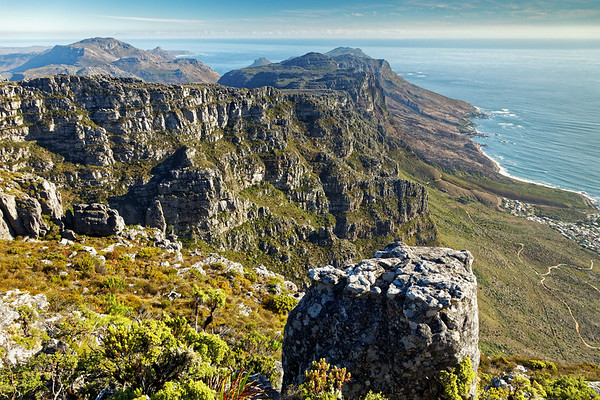 Looking along the Twelve Apostles range on Table Mountain