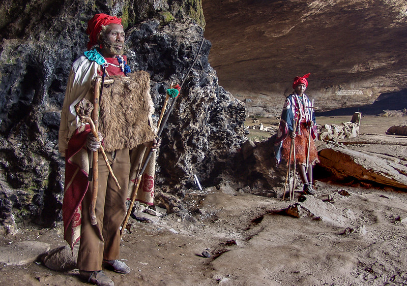 Tabatsadimo and Madiepollo in Motouleng