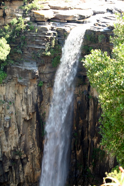 Mangeni Falls