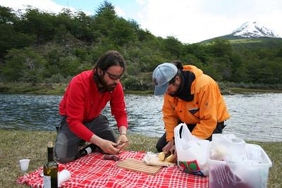 Mariano and Claudio prepare a picnic feast