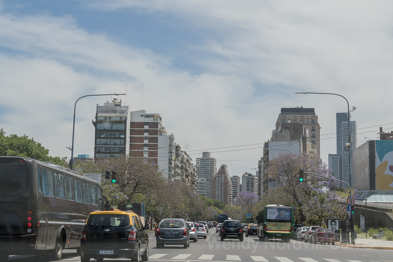 Busy roads of Buenos Aires, Argentina