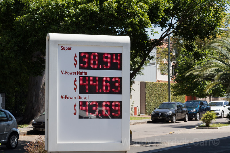 Gas prices Buenos Aires