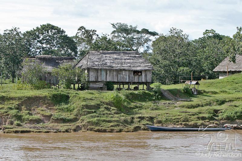 Amazon River Living Hut