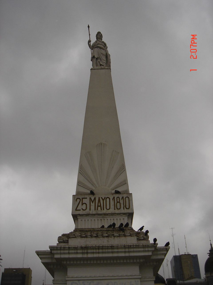 Monument at Plaza 25 de Mayo in Rosario, Santa Fe, Argentina