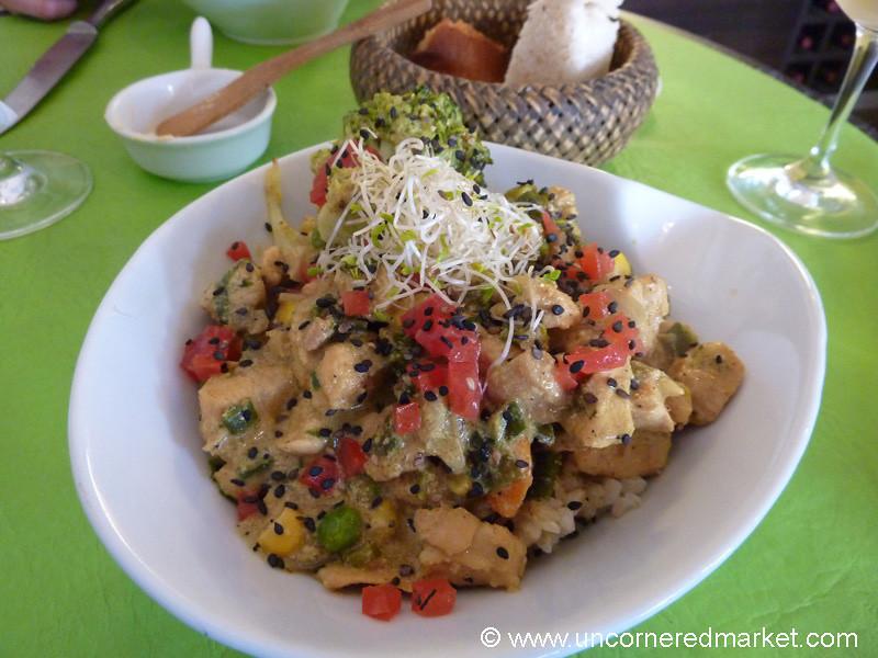 Chicken Curry with Chickpeas at Almazen Restaurant in Bariloche, Argentina