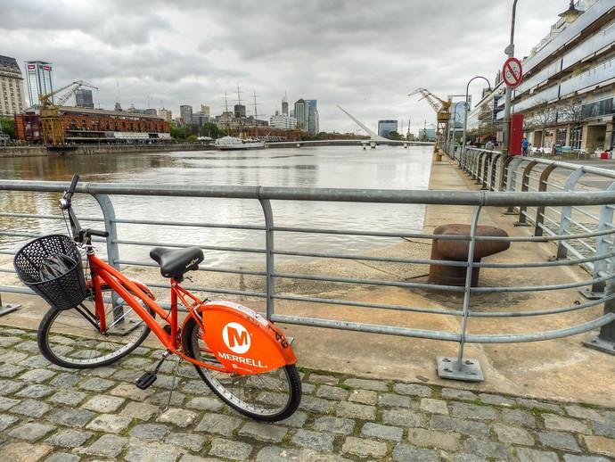 buenos aires la bicicleta naranja