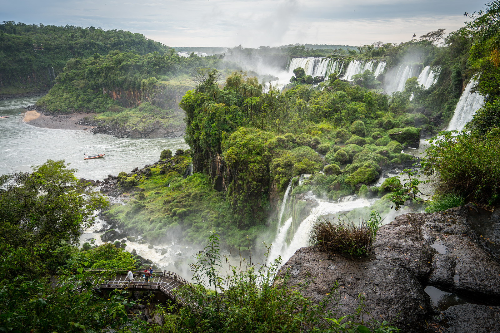 Exploring Iguazu National Park (Argentina)