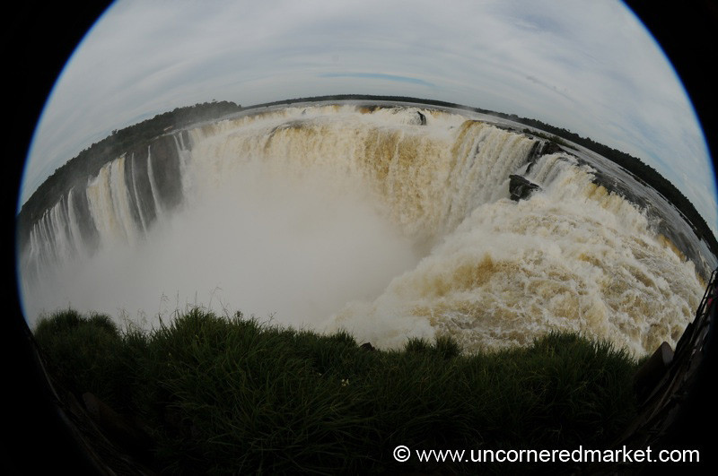 Devil's Throat in Full - Iguazu Falls, Argentina