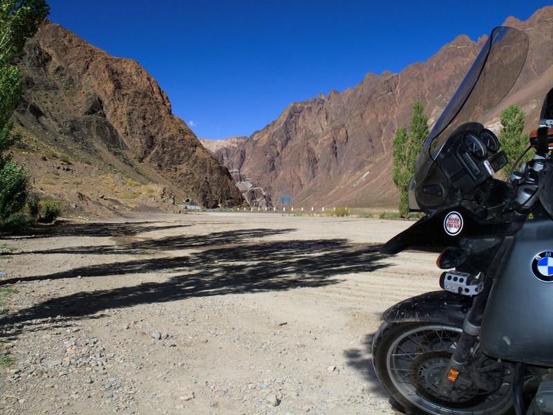 Rio Mendoza Valley