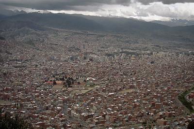 Finally got here on day 3 via Caracas and Lima...here's La Paz...the 'fishbowl'!...