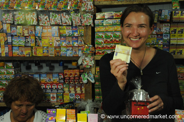 Miniatures Market - Cochabamba, Bolivia