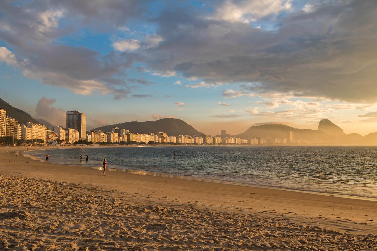 Copacabana Beach Things to do in Rio de Janeiro