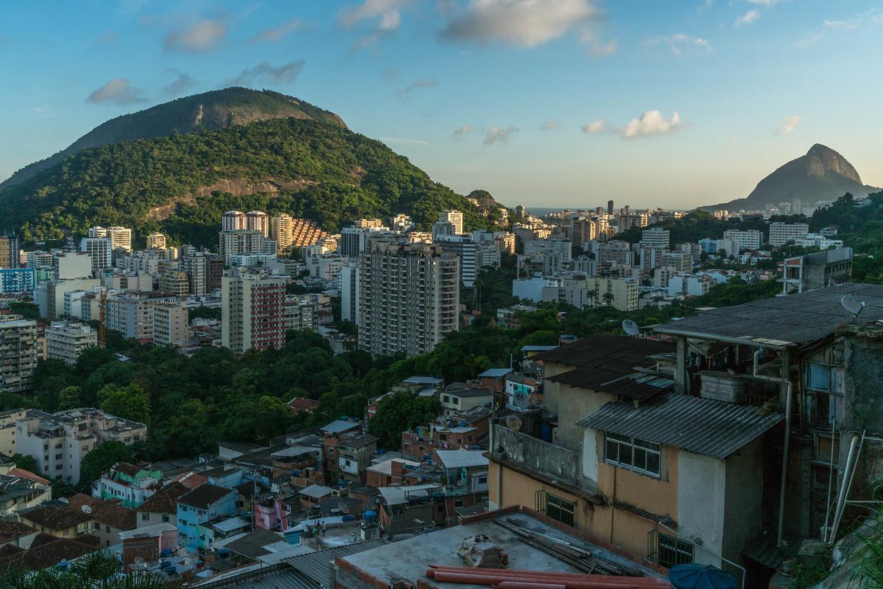 favela in rio santa marta