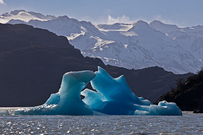 dueling icebergs