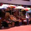 Cl 1585 winkeltjes op binnenplaats in La Serena