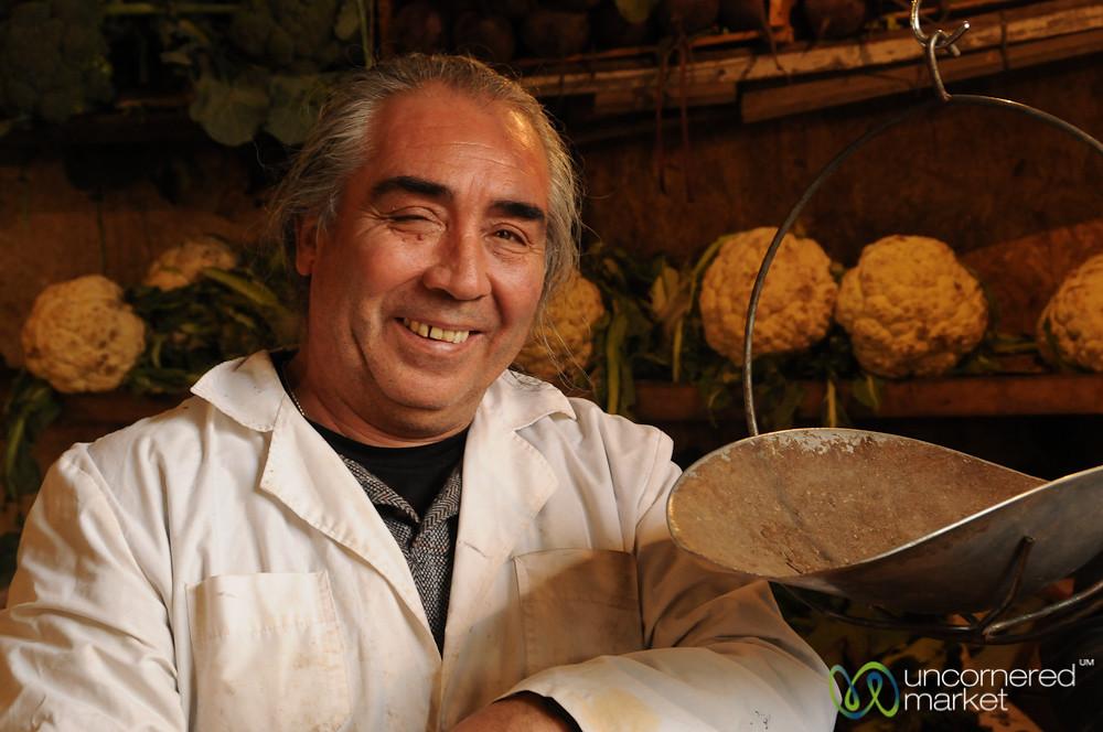 Smiles at Mercado Cardonal - Valparaiso, Chile