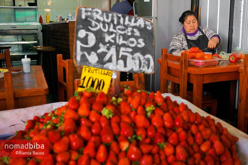 Chopping in La Vega market, Santiago de Chile