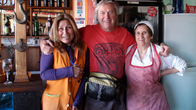 """meet the cook and tell her the """"lo probre"""" meal will kill people"""