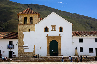 building in Villa de Leyva plaza copy
