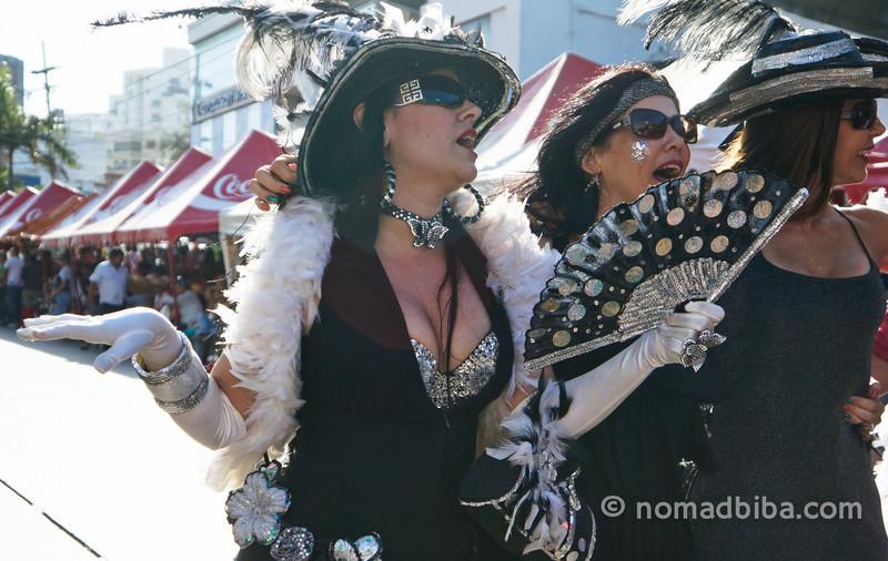 Widows at Joselito's burial 2013