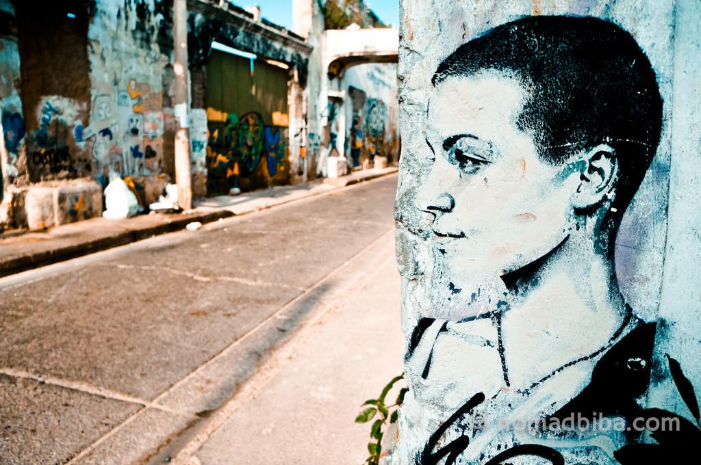 Fin DAC street art in Cartagena, Colombia