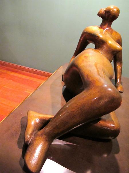 Figura Reclinada No. 7 by Henry Moore<br /> Museo Botero de Bogota