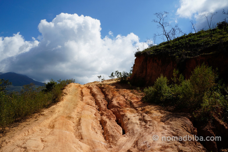 The road to Nabusimake