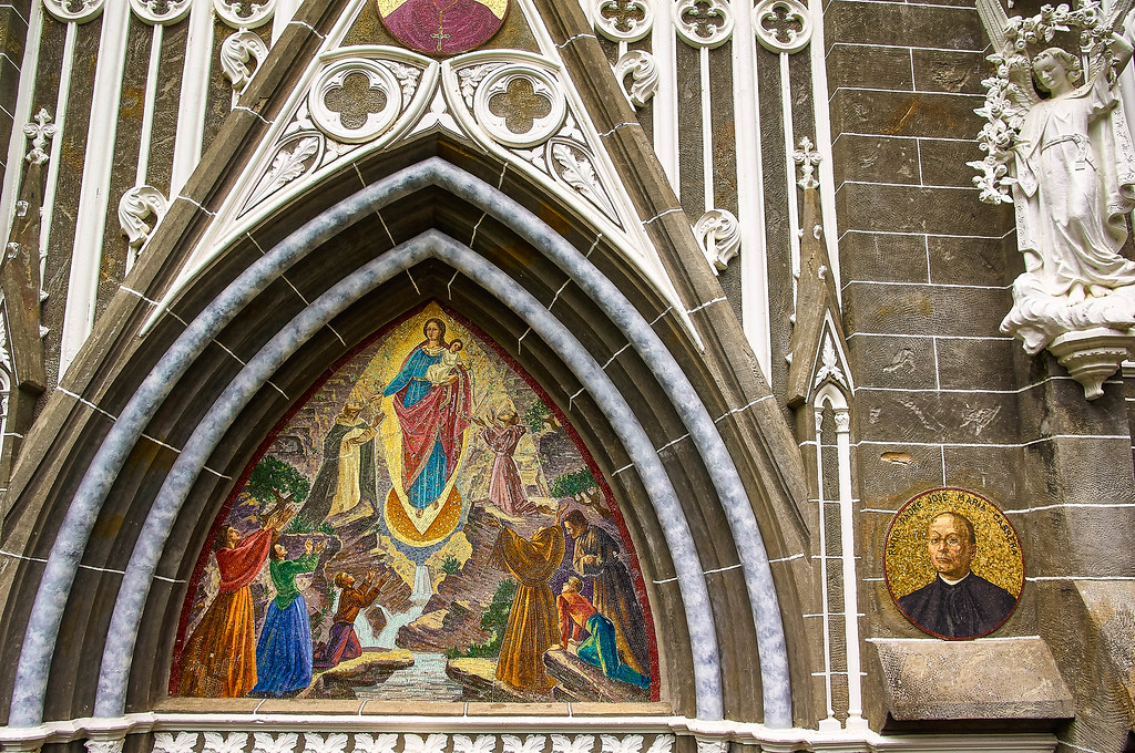 Detail of the Santuario de las Lajas in Colombia