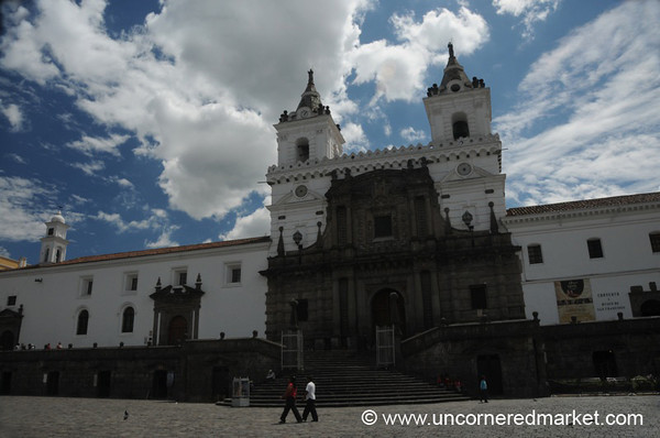 Plaza San Francisco - Quito, Ecuador