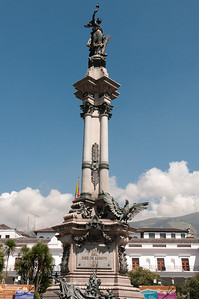 Statue of Independence at the center of Plaza Grande, Quito, Ecuador