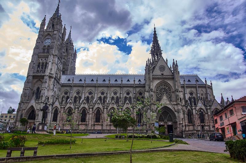 Side view at the Basílica del Voto Nacional in Quito, Ecuador